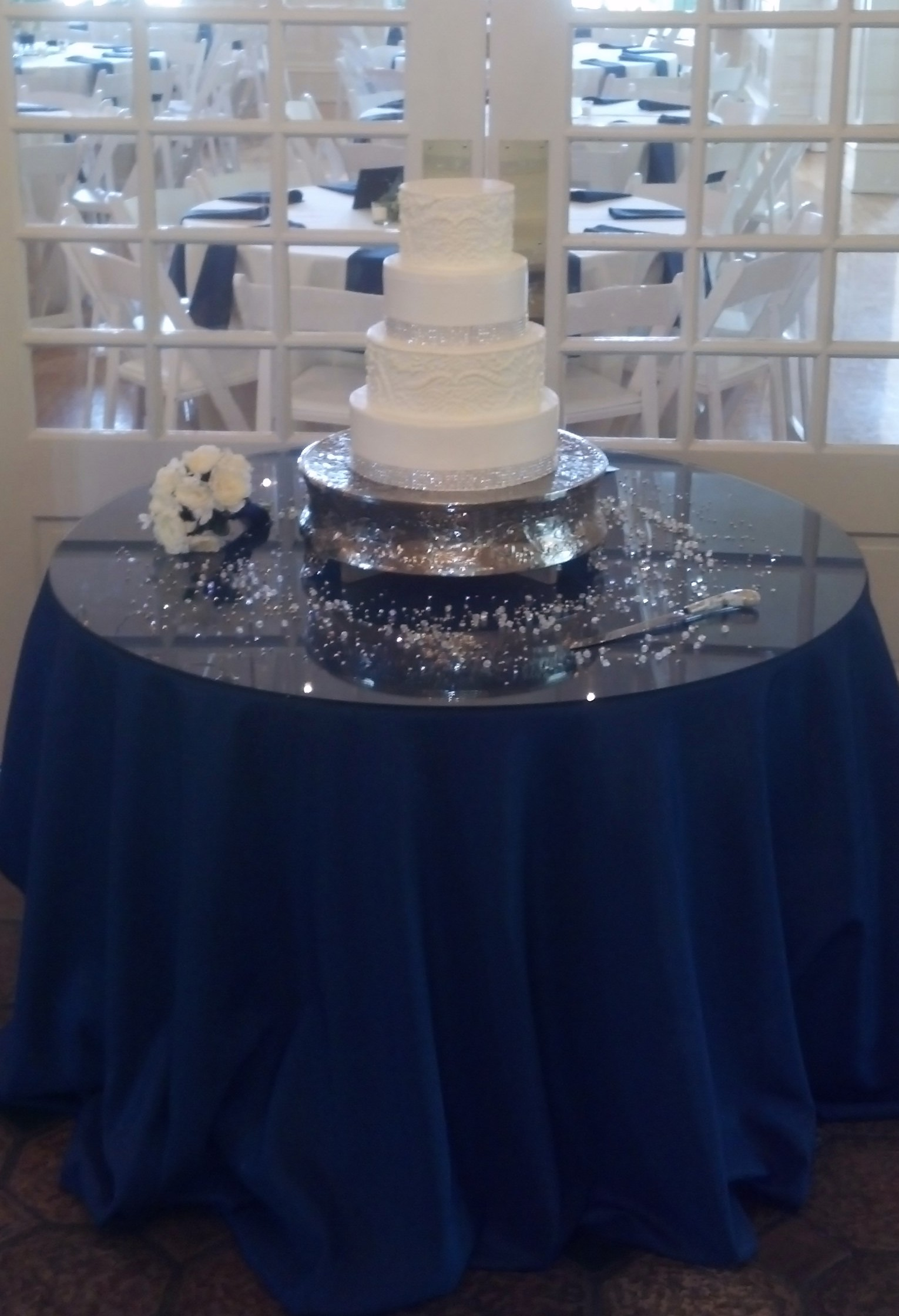 Cake Table Decoration Finish Your Wedding Centerpiece Incredible Endings